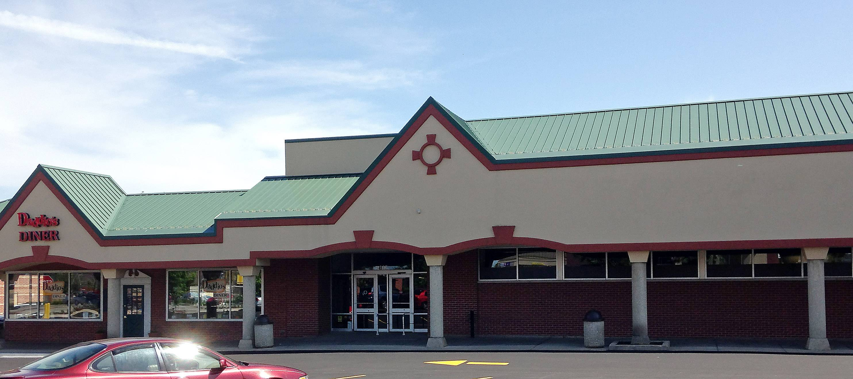 Blue Goose Market may be opening in the former Walgreens in Batavia Plaza on Wilson Street.