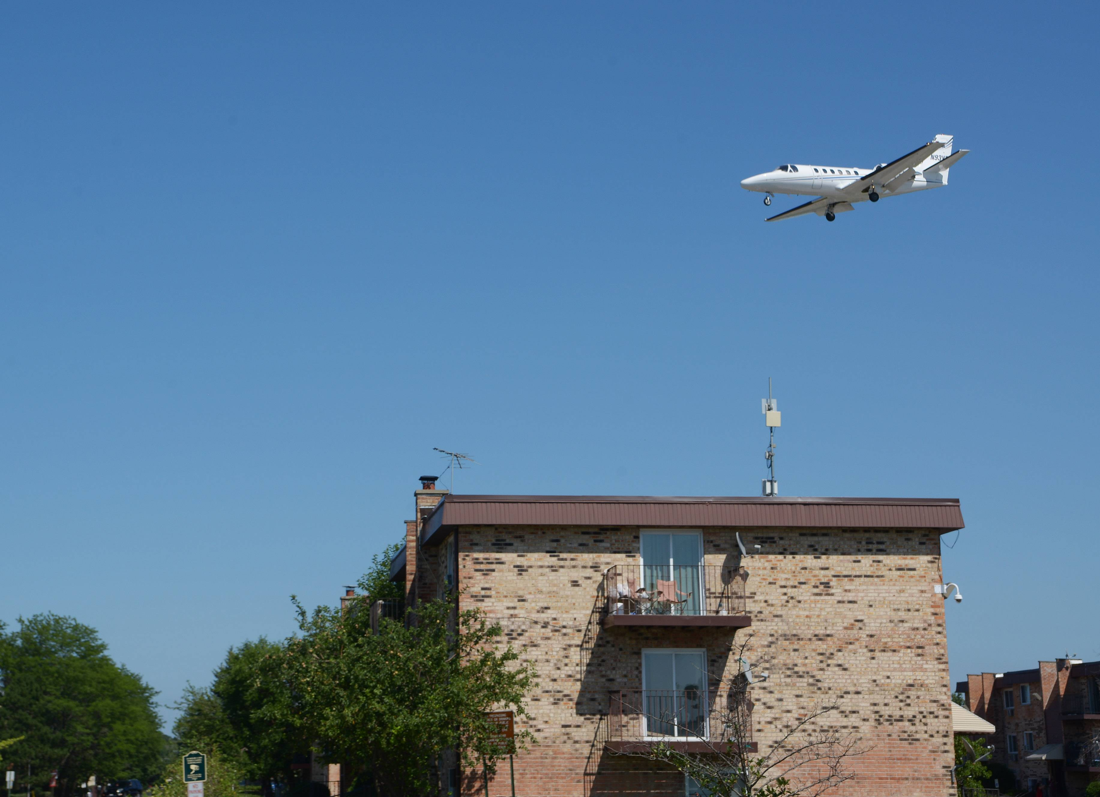 Chicago Executive Airport mulling ways to help Wheeling, Prospect Heights residents with noise